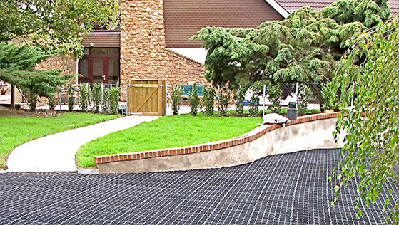 Ground Protection Plastic Grids for Grass, Gravel & Stone